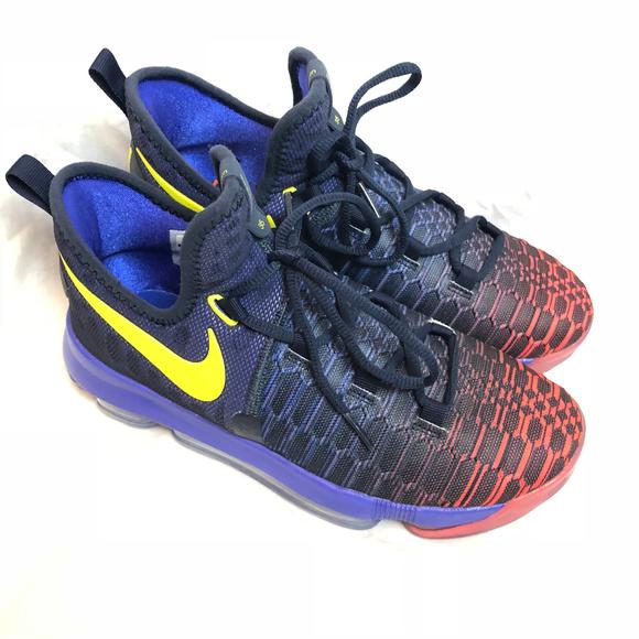best sneakers 0b69d ef7c5 Nike Zoom KD9 Roar From The Floor Shoes 7Y New